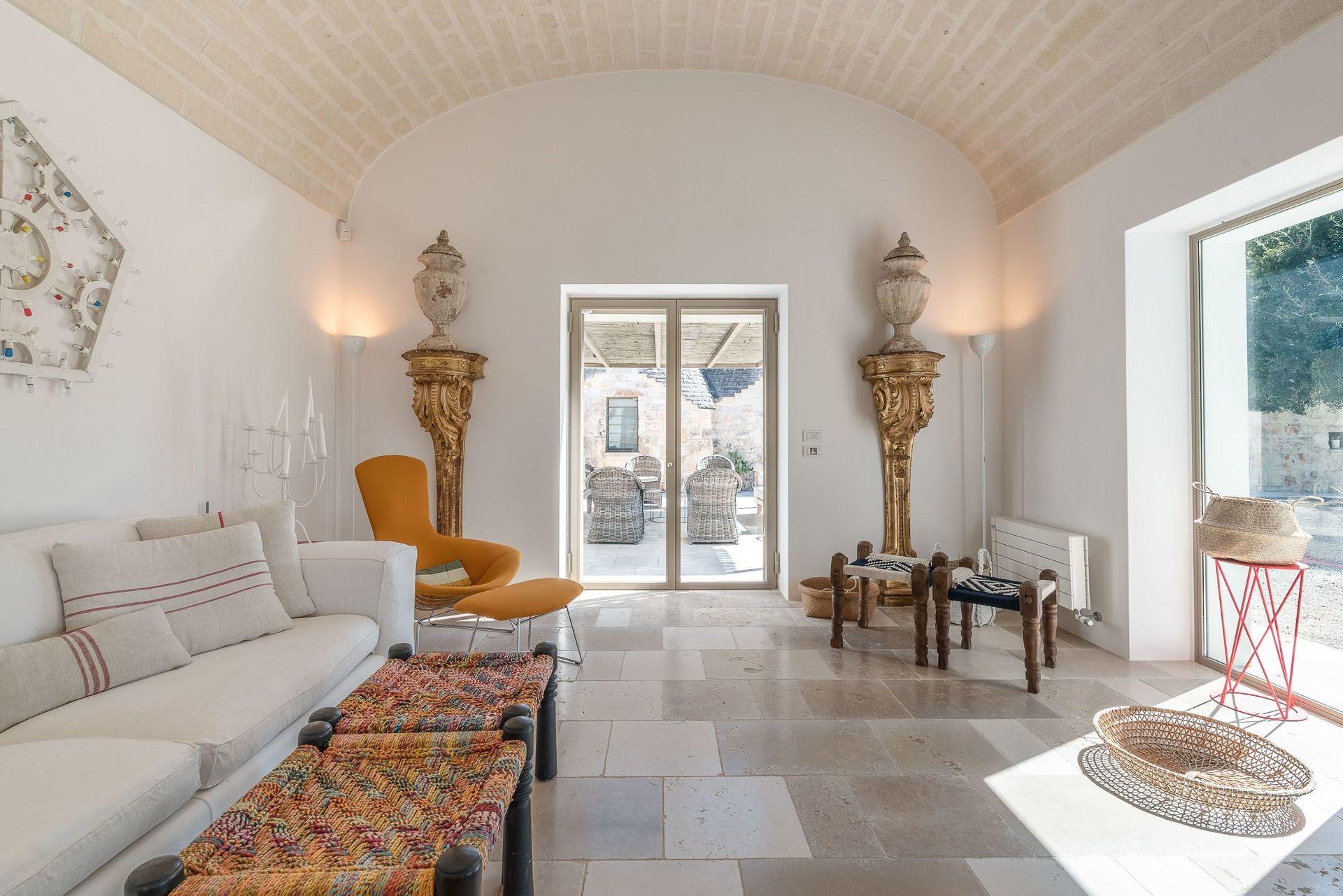 Separation Salon Chambre Studio trulli moncada location de vacances - couchages 8 dans 4
